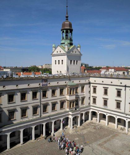 Zamek Książąt Pomorskich w Szczecinie. Duży Dziedziniec widziany z Wieży Zegarowej